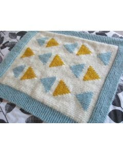 Triangles Cot Blanket Pattern