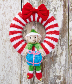 Christmas Wreath and Bauble Crochet Kit